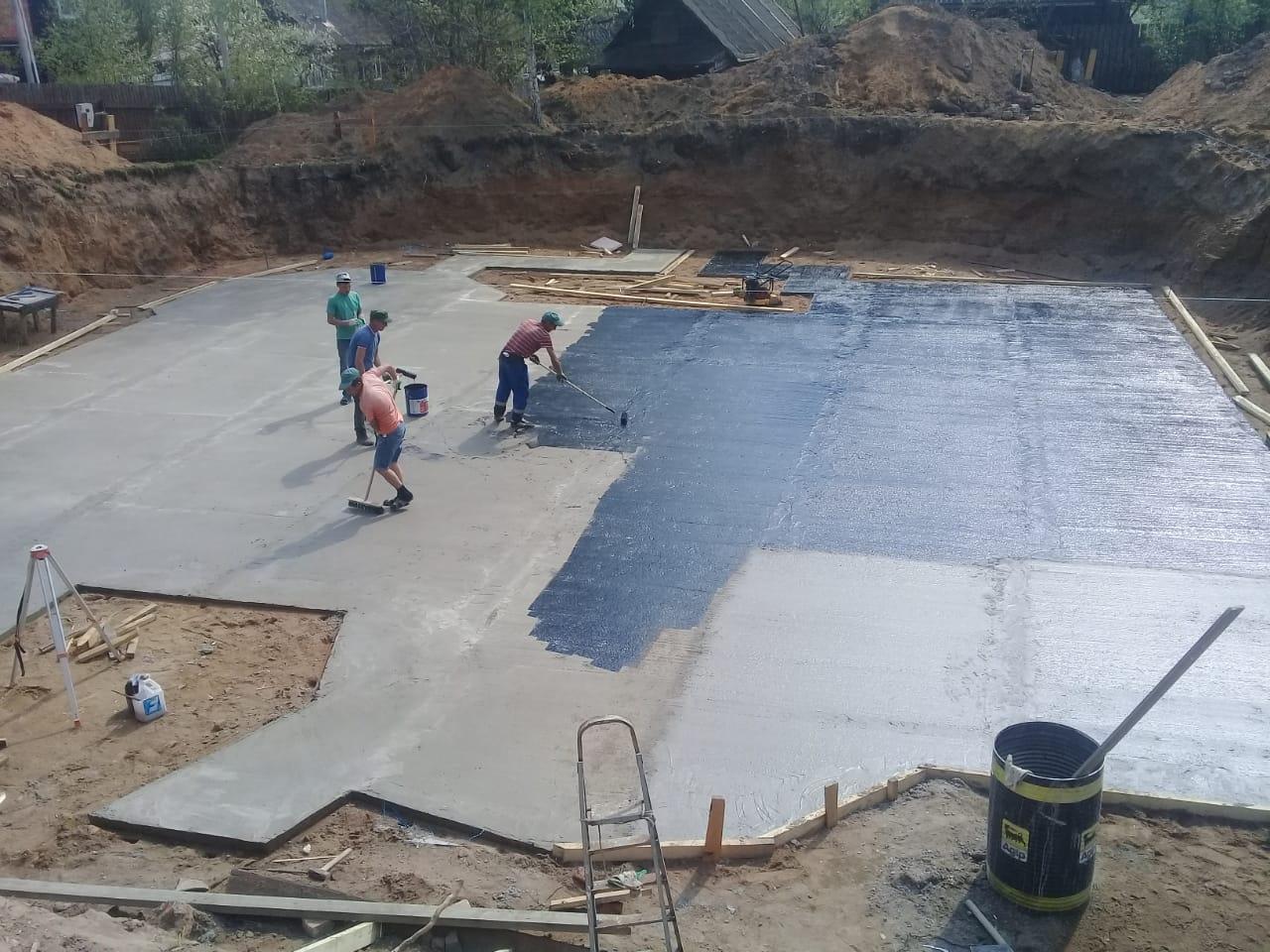 Изготовлена бетонная подготовка