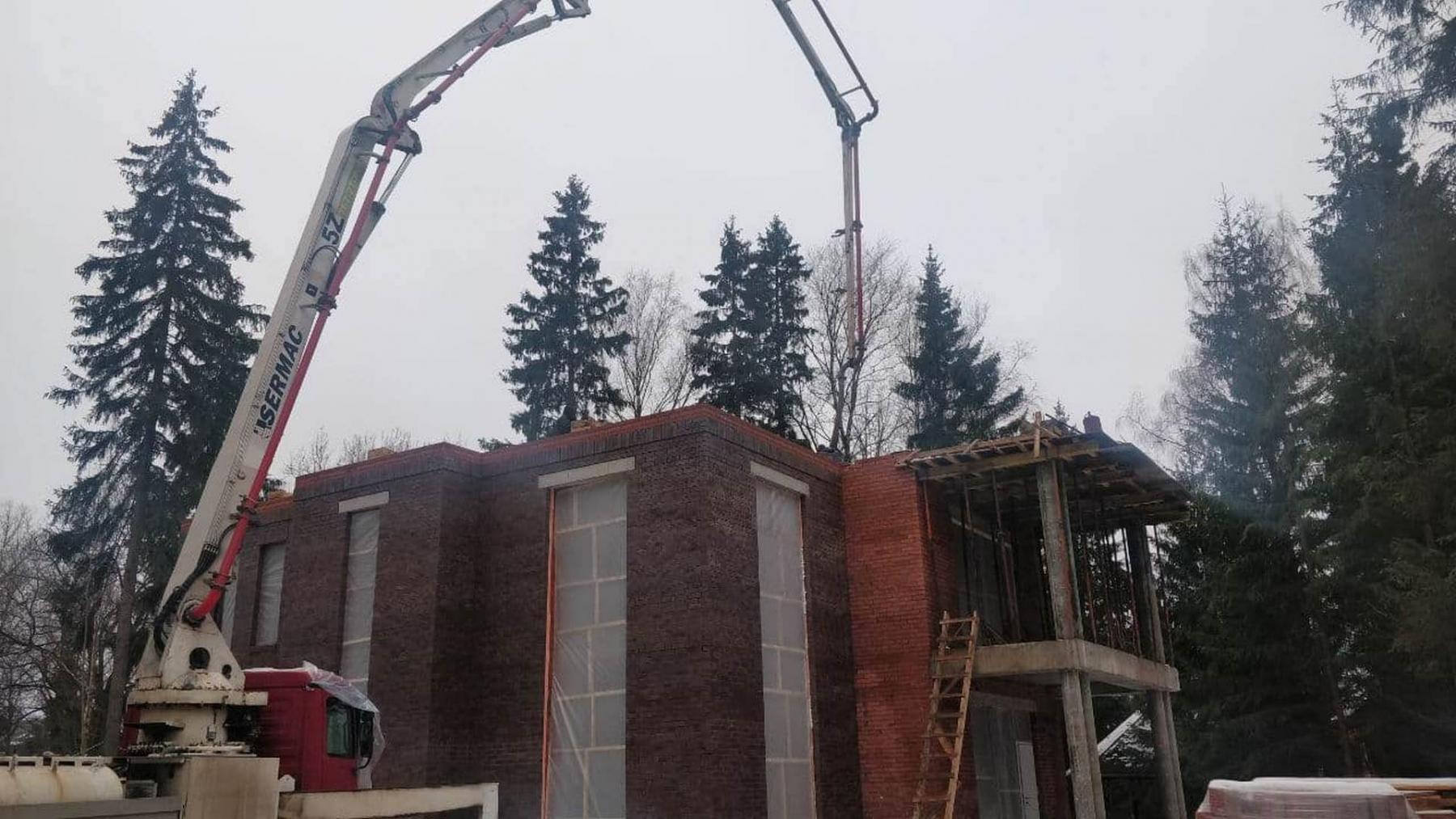 Бетонирование перекрытия второго этажа